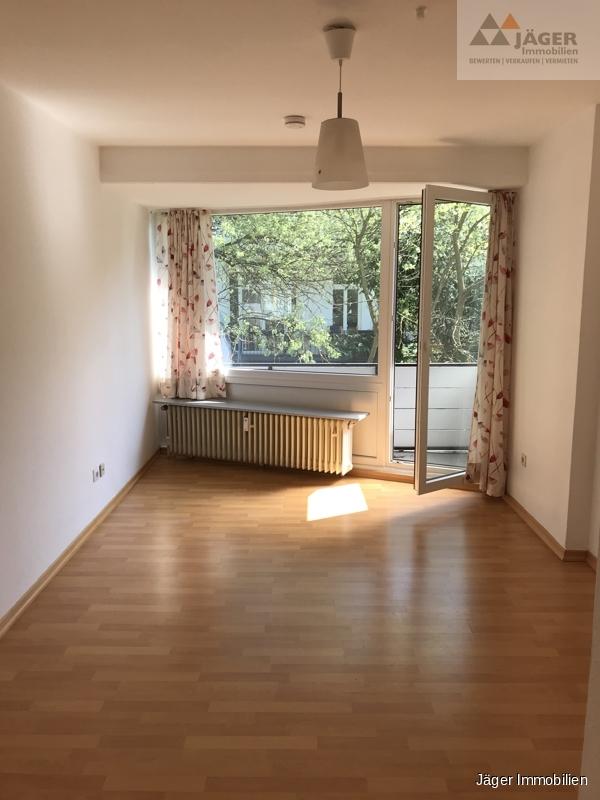 Wohnbereich m. Balkon